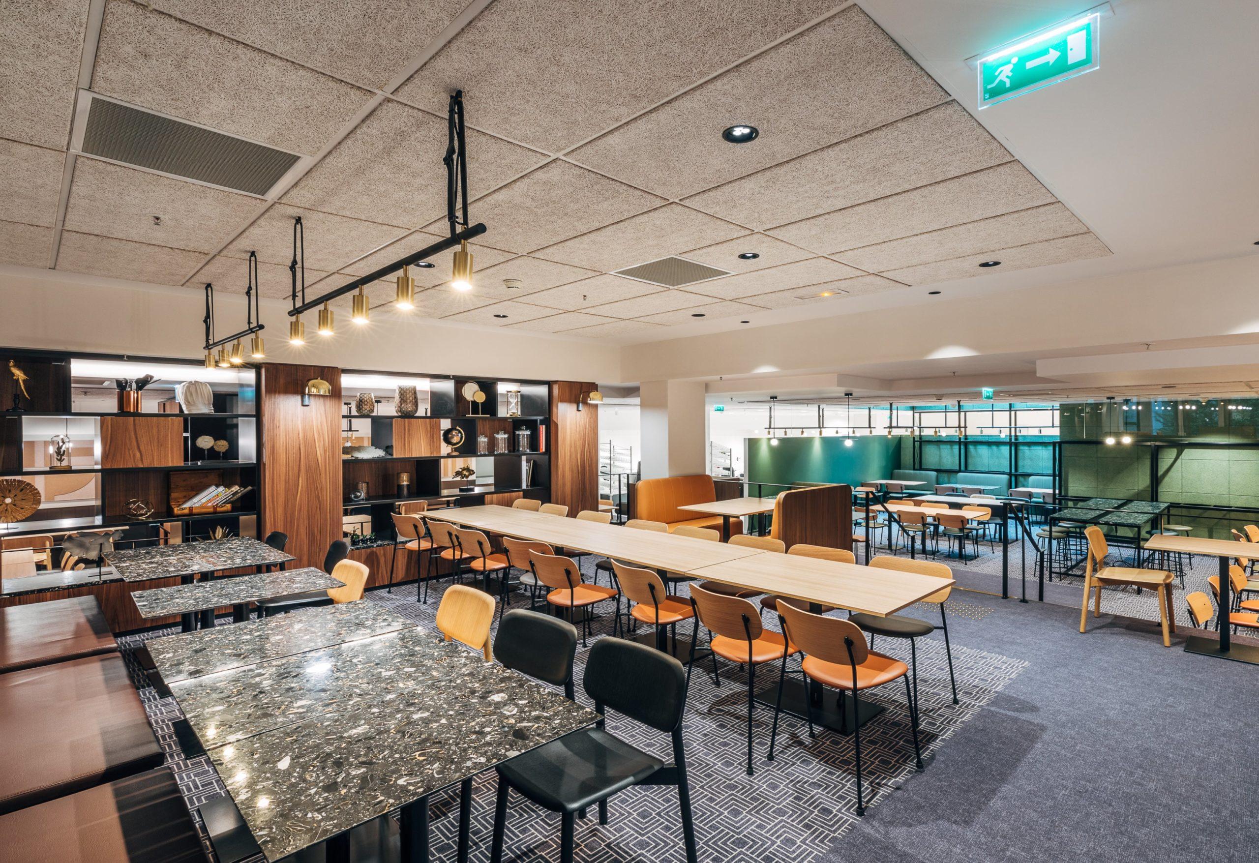 Restaurant La Bibliotheque des Gourmets, Tour CB21 Paris La Défense